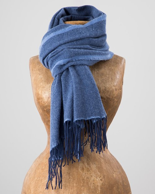 Cashmere Wool Sandymount Scarf in Navy