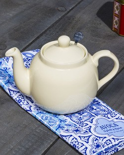 Farmhouse Teapot In Ivory