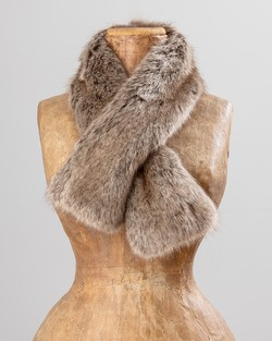 Faux Fur Tippet in Truffle