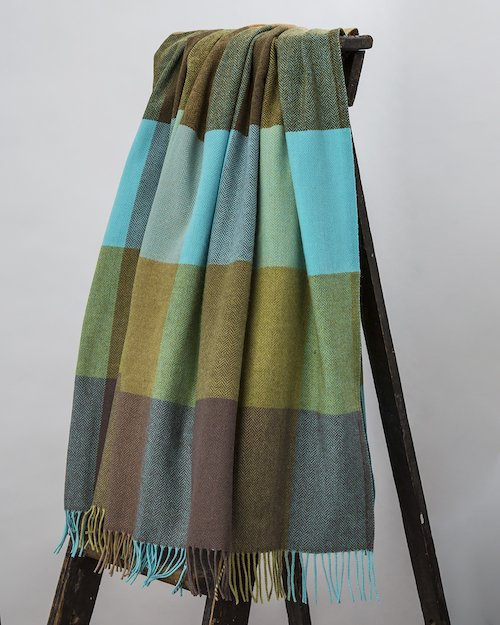 Mahon Lambswool Throw