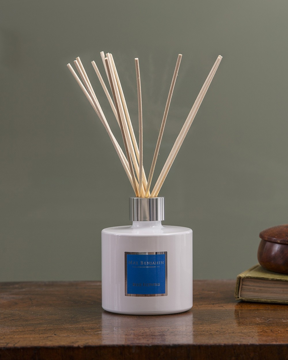 Blue Flowers Diffuser by Max Benjamin