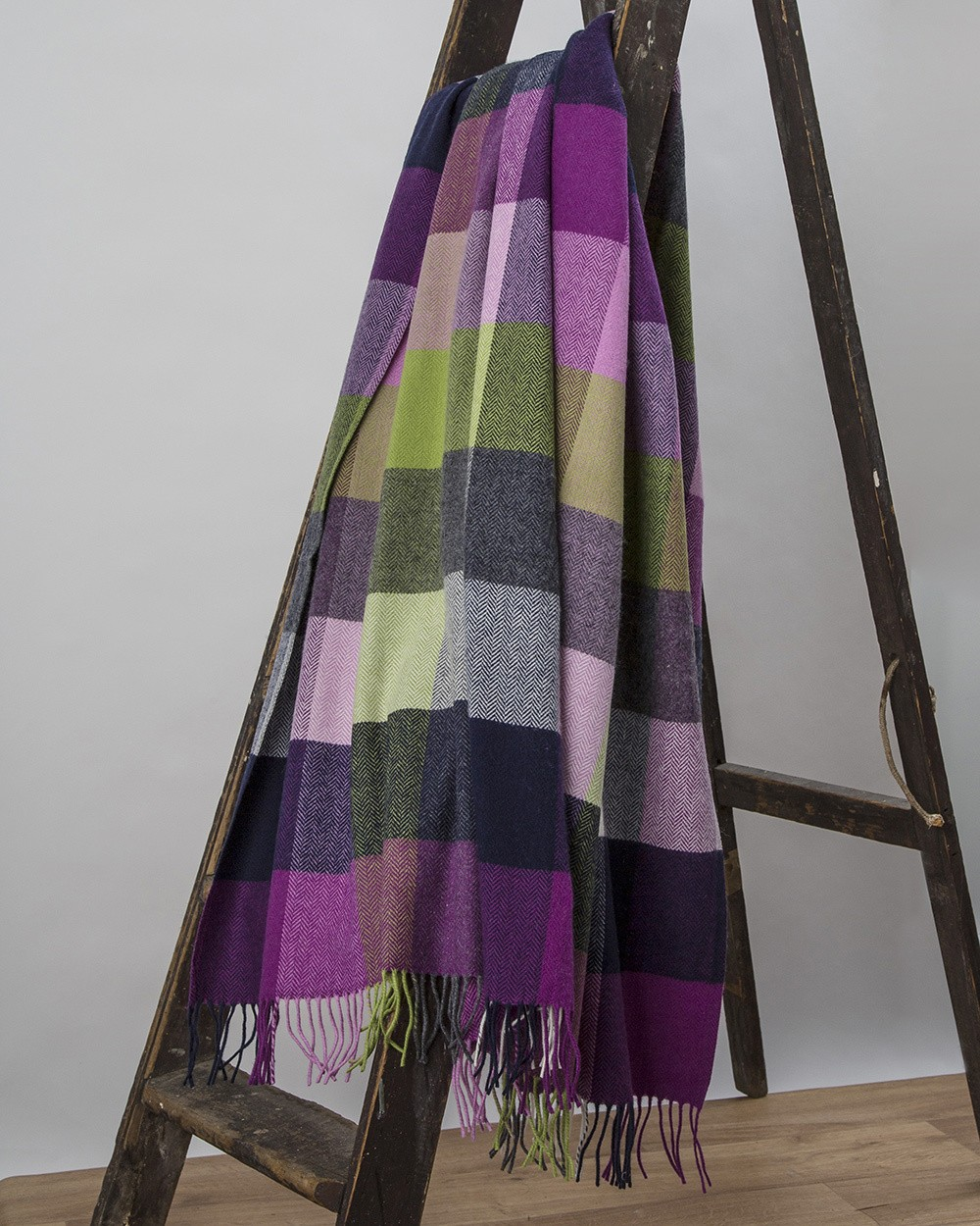 Pioneer Lambswool Throw