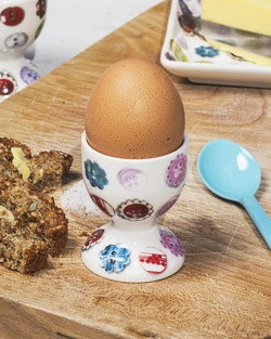 Button Egg Cup