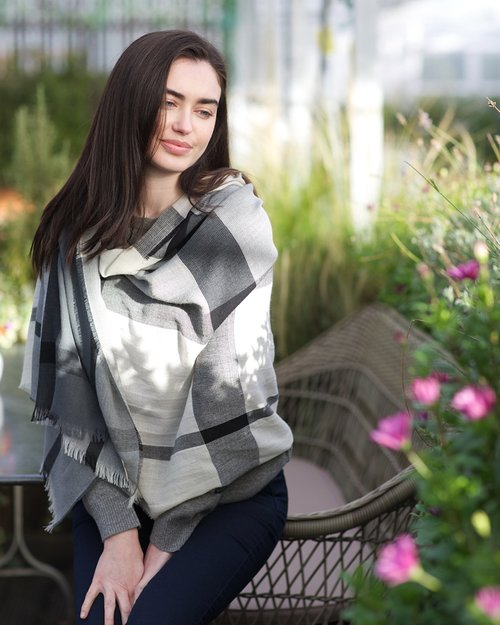 Worsted Wrap in Grey Check