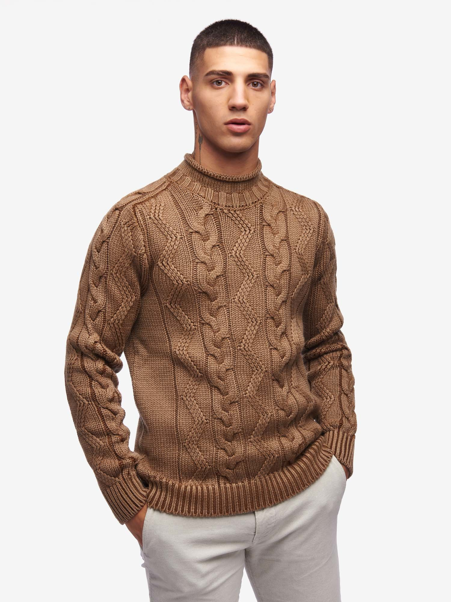 SWEATER WITH CABLES AND ZIGZAG - Blauer