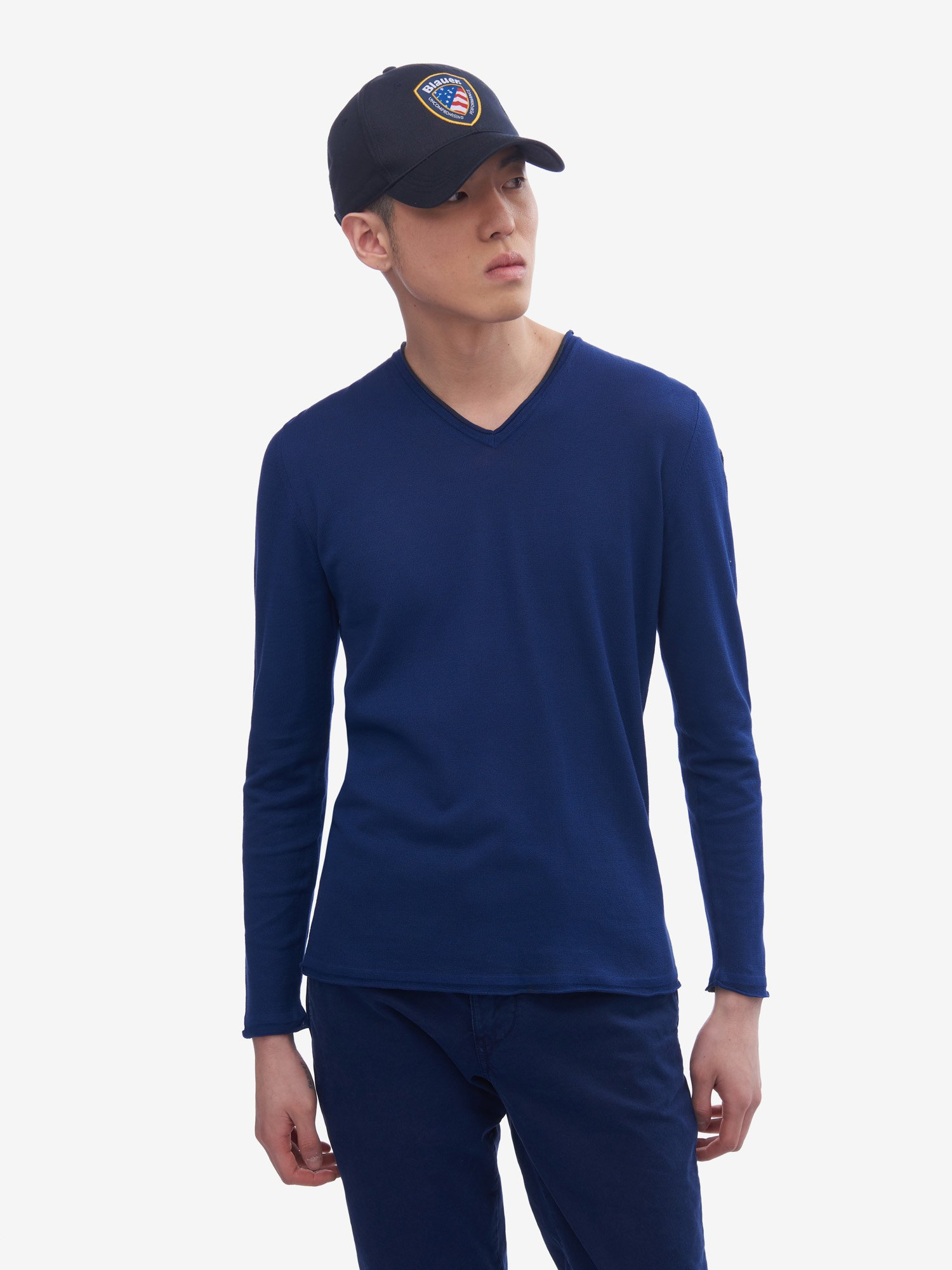 Blauer - PLAIN KNIT V-NECK SWEATER - Ultramarine Blue - Blauer
