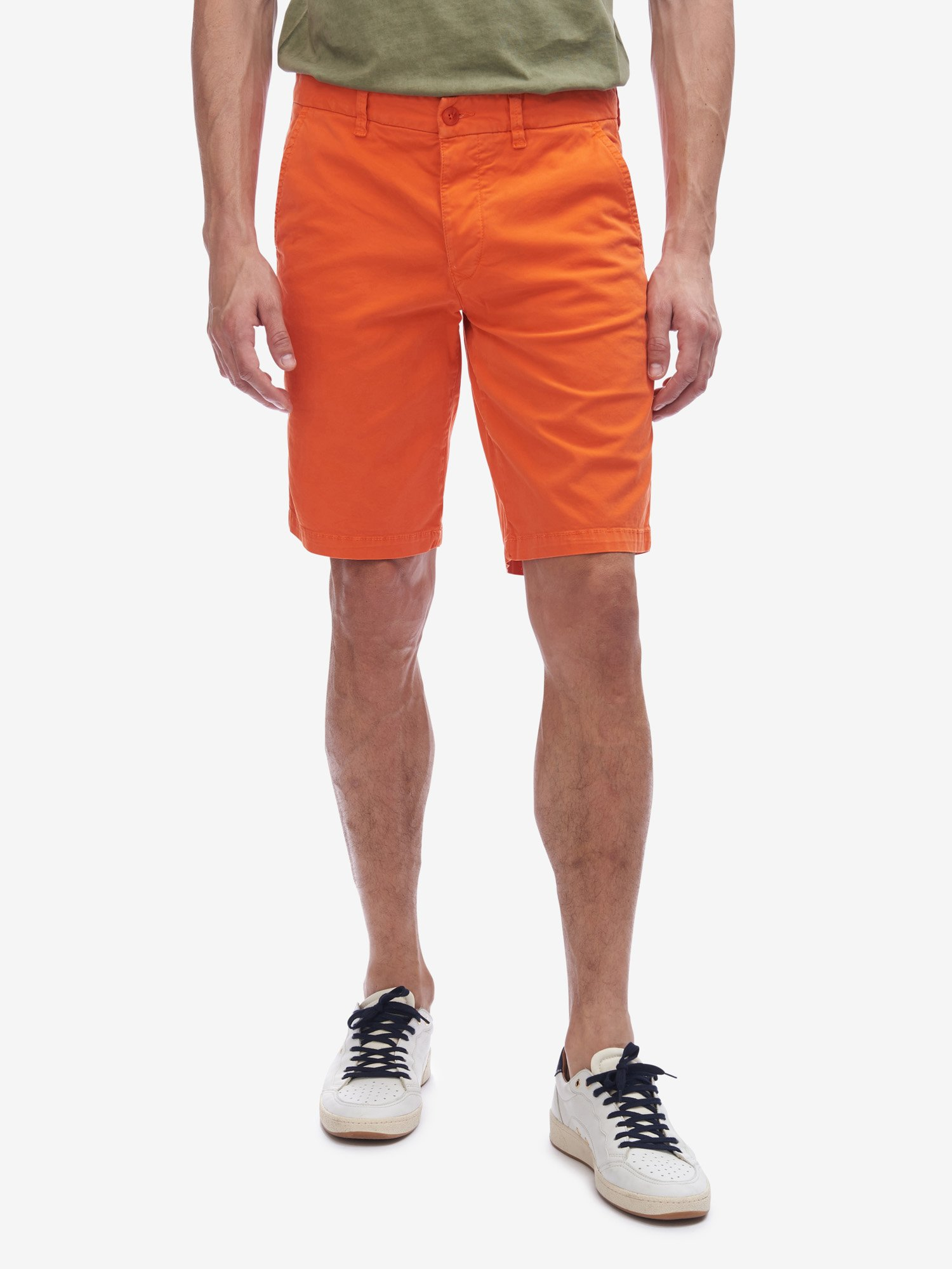 Blauer - FOUR POCKET BERMUDA SHORTS - Bright Orange - Blauer