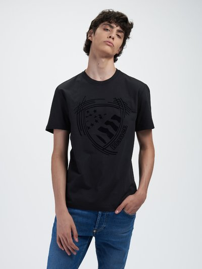 SHORT SLEEVE T-SHIRT WITH STYLIZED SHIELD