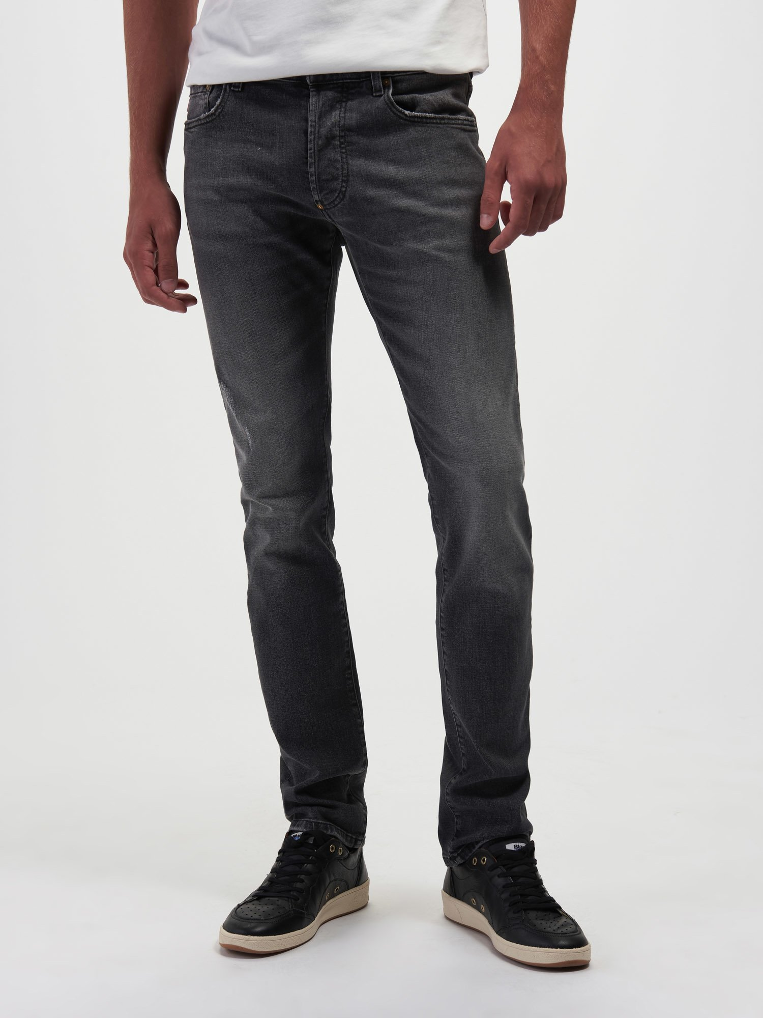 Blauer - WORN-EFFECT JEANS - Ripped Stone Wash - Blauer