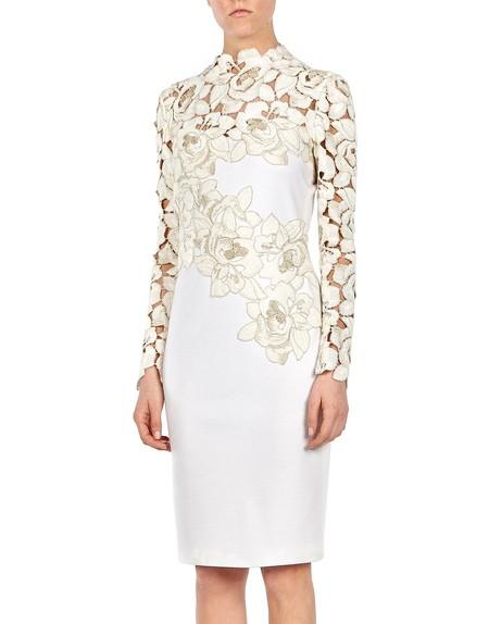 Kleid mit Makramee-Spitze