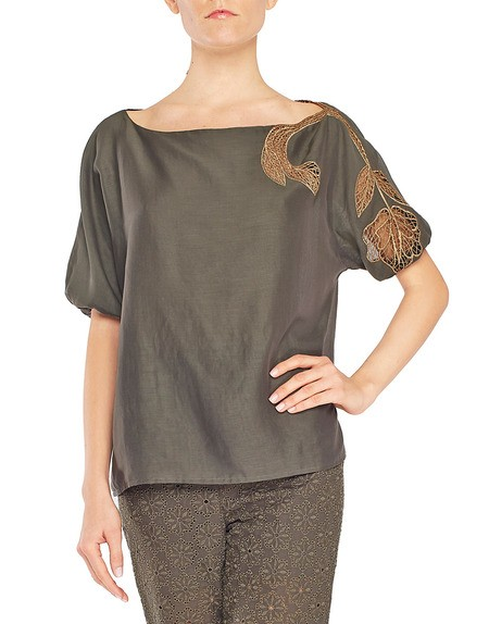 Блузка из хлопкового муслина с вышивкой