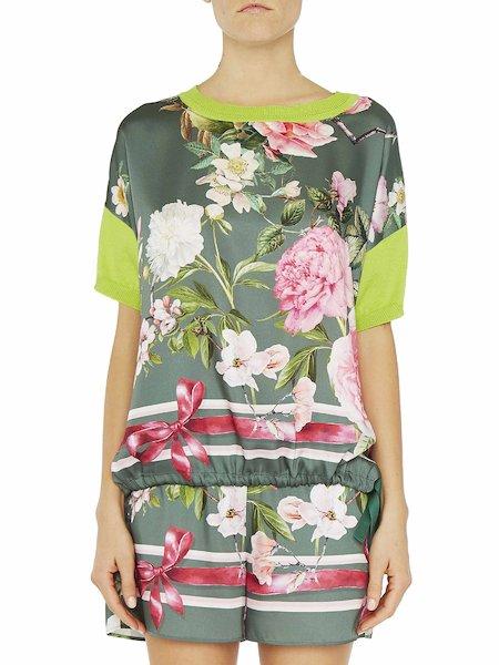 Suéter con estampado de flores