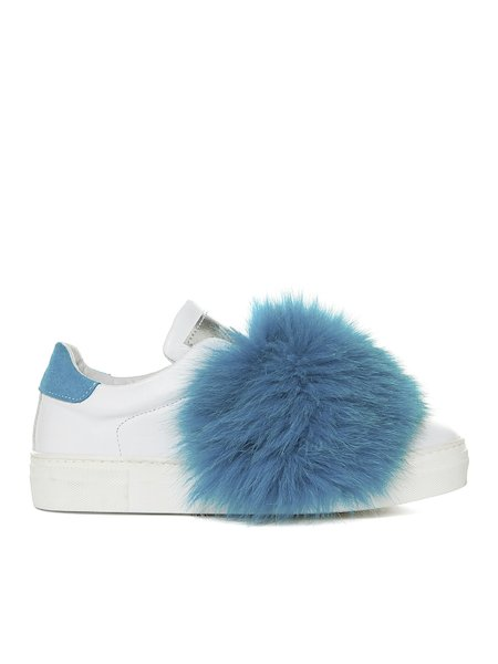 Sneakers with fur applications
