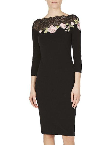 Kleid mit Spitze und Rosenstickerei
