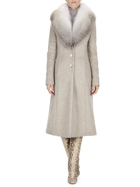 Overcoat with fur collar