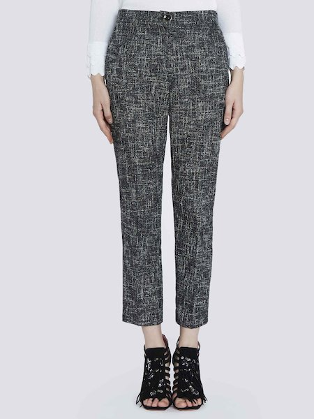 Cropped trousers in basket-weave fabric