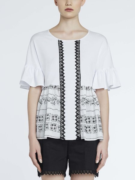 Bandana-print blouse with lace - white