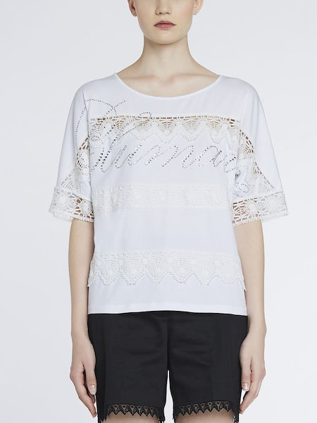 T-shirt with lace and rhinestones