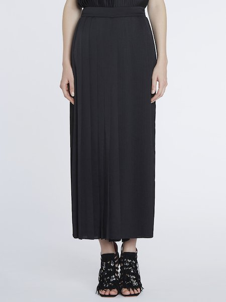 Full-cut pleated trousers - Black