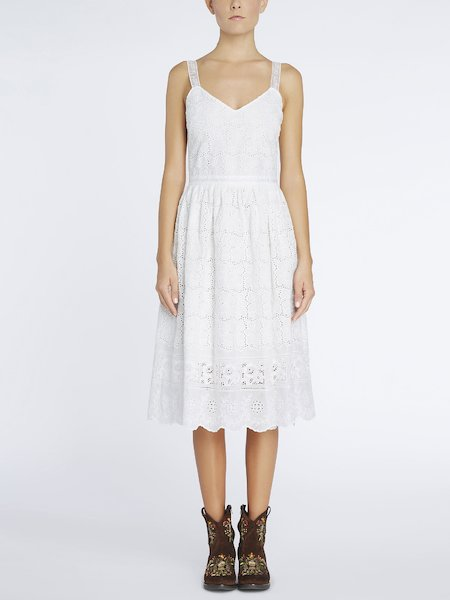 Dress in broderie anglaise - white
