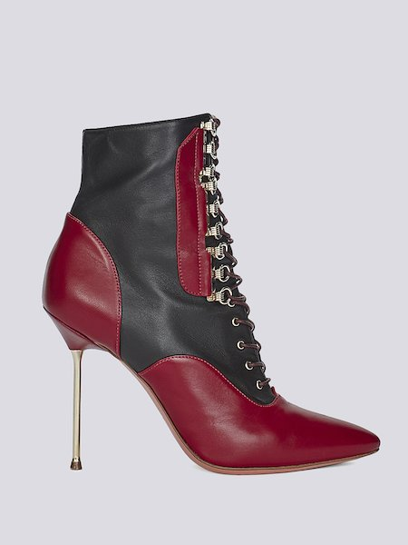 Two-tone ankle boots with stiletto heels