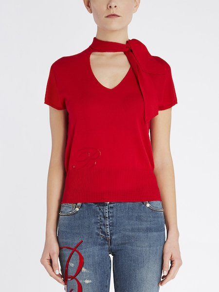 Short-sleeved sweater with scarf - red