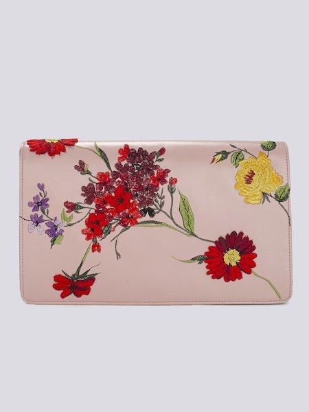 Pochette en cuir avec broderie de fleurs et logo