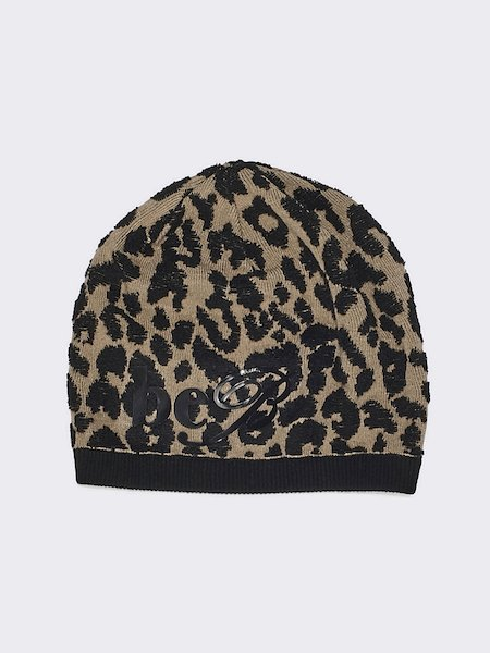 Beret in jacquard knit
