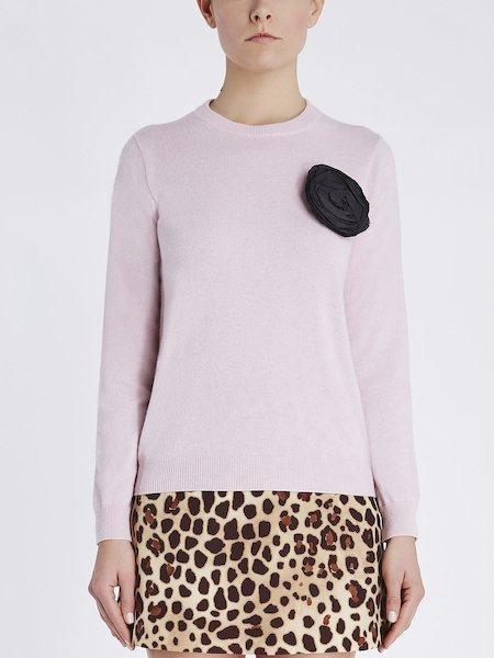 Pullover mit Rundhalsausschnitt und Blüten-Applikation