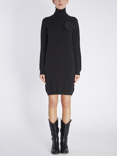 Knit dress with floral application - Black