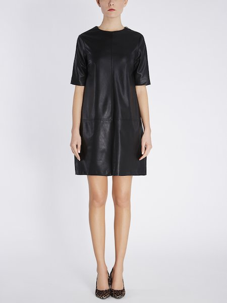 Short-sleeved dress in eco-leather