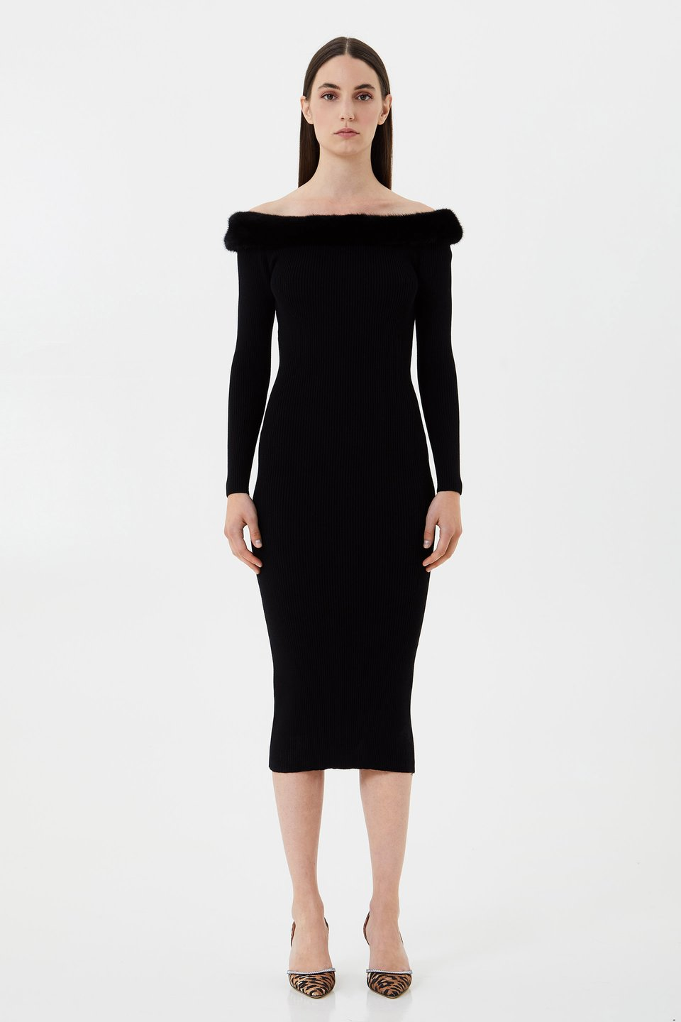 Knitted dress with mink