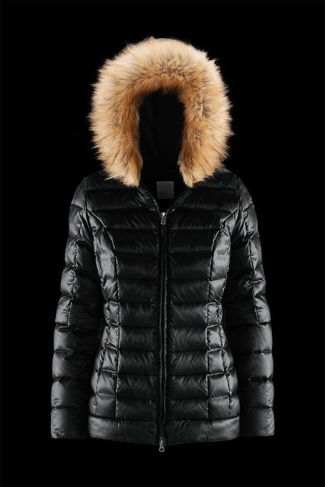Short down jacket with faux fur inserts