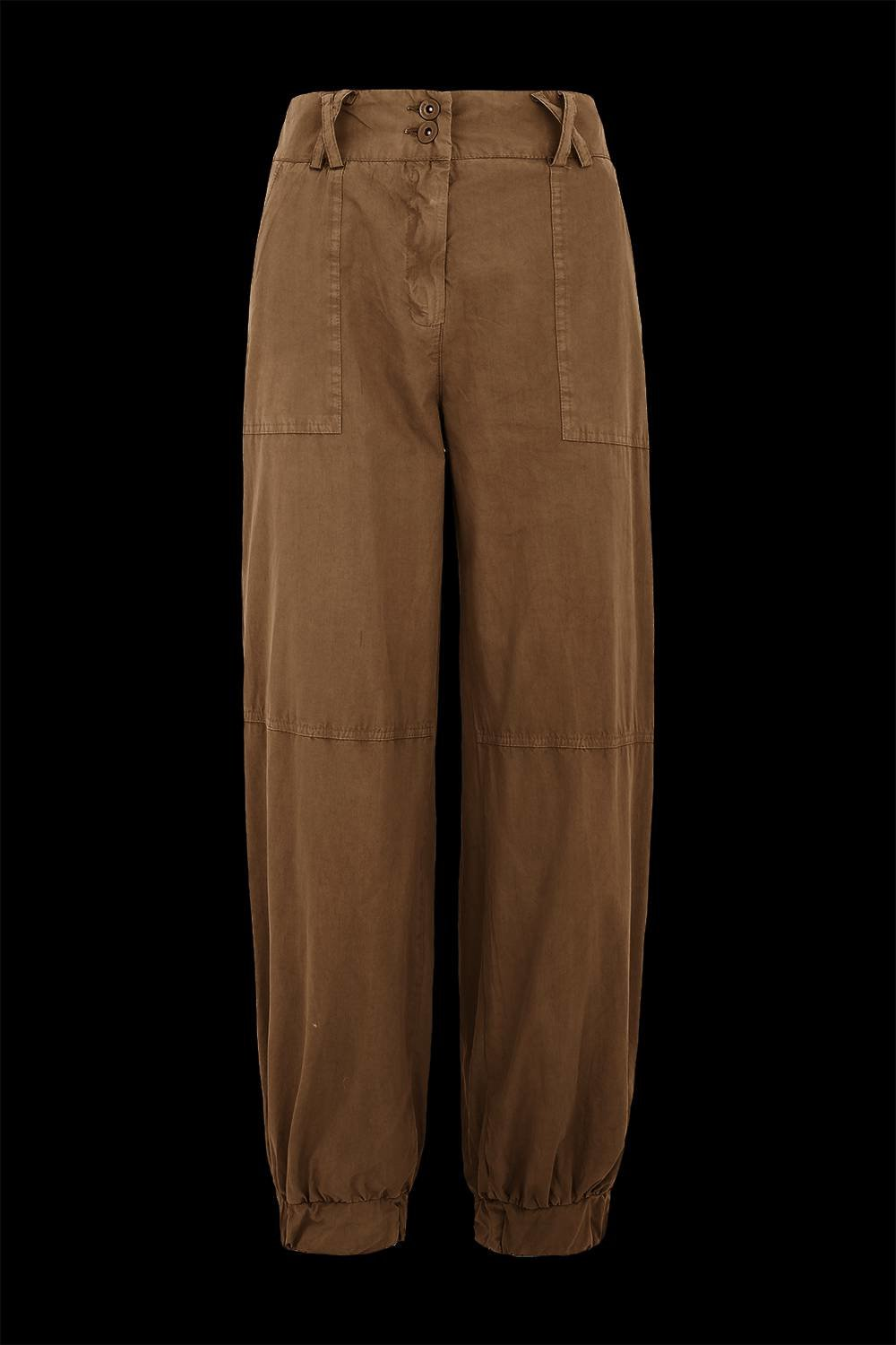 Trousers with fatigue pockets