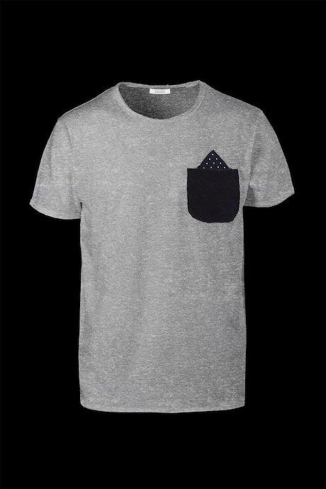 T-shirt con Taschino a Contrasto