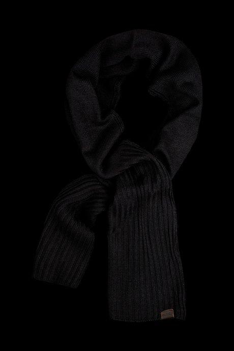 Gerippter Schal