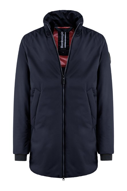 Water resistant coat with recycled PrimaLoft® filling
