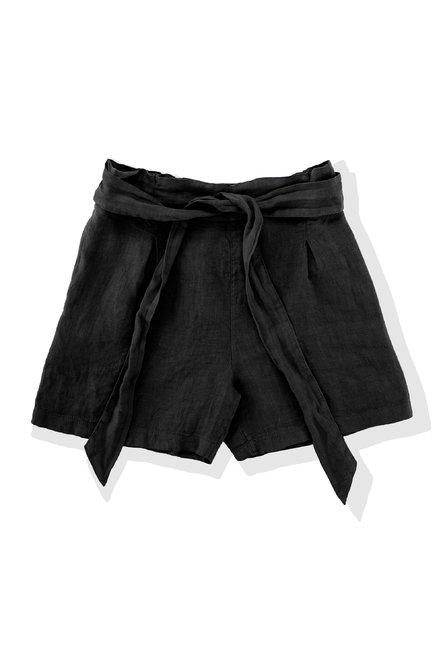 Shorts in linen