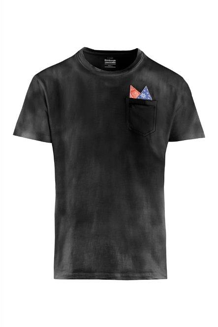 T-Shirt mit Brusttasche und Pochette