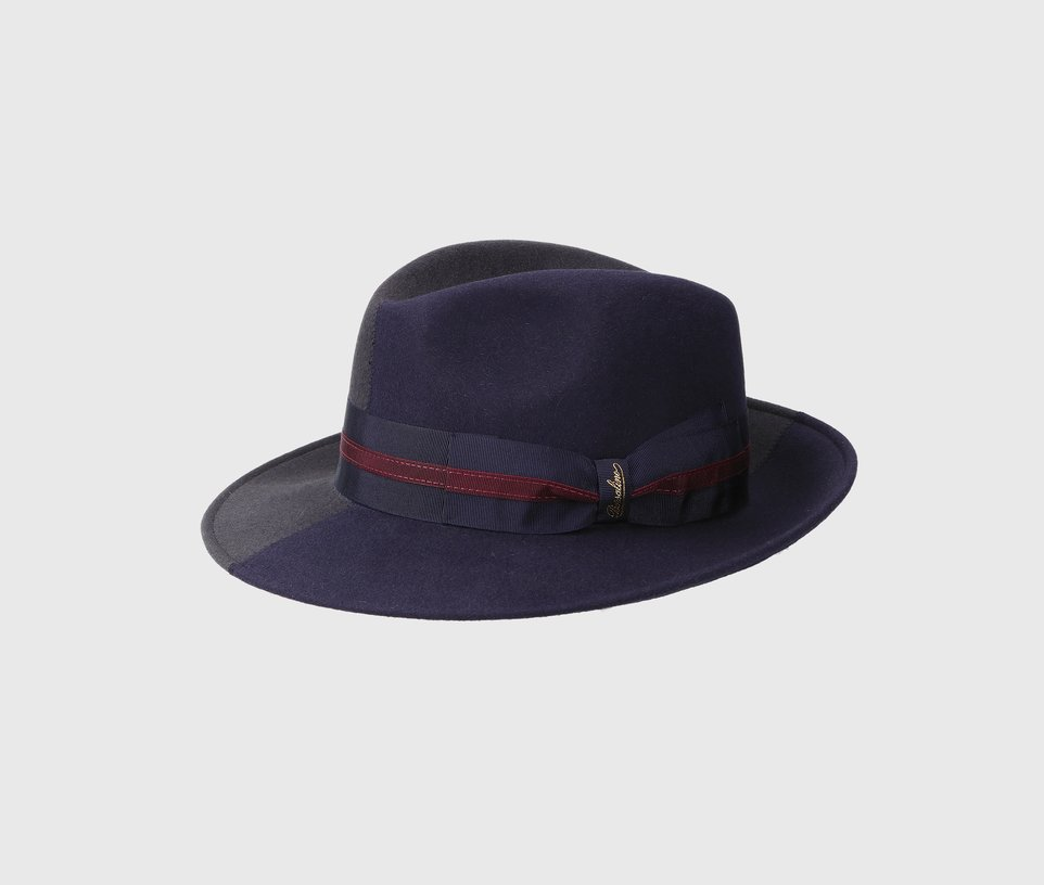 Two -toned medium brim