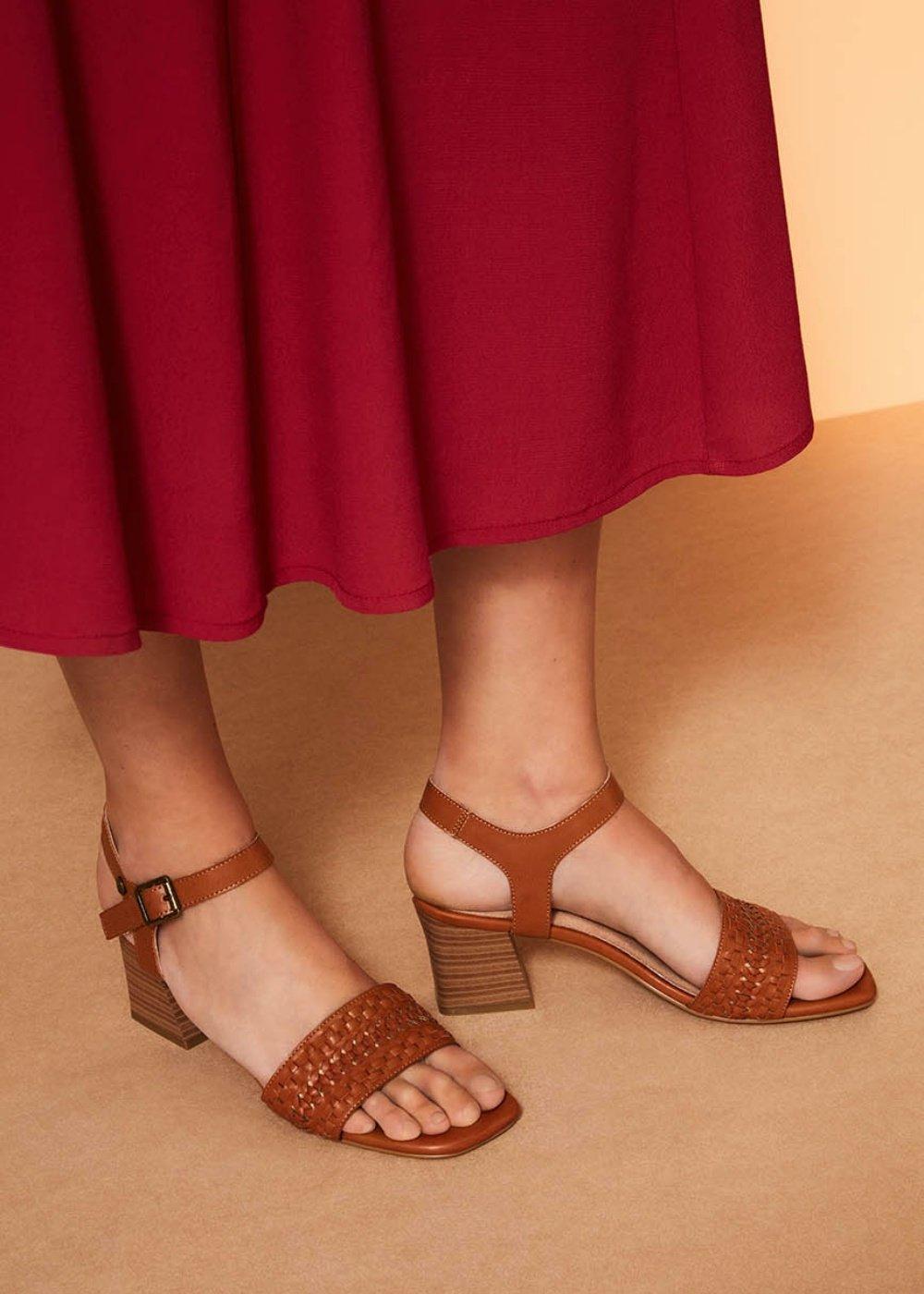 Sandalo Sherry con fascia intreccio - Pecan - Donna