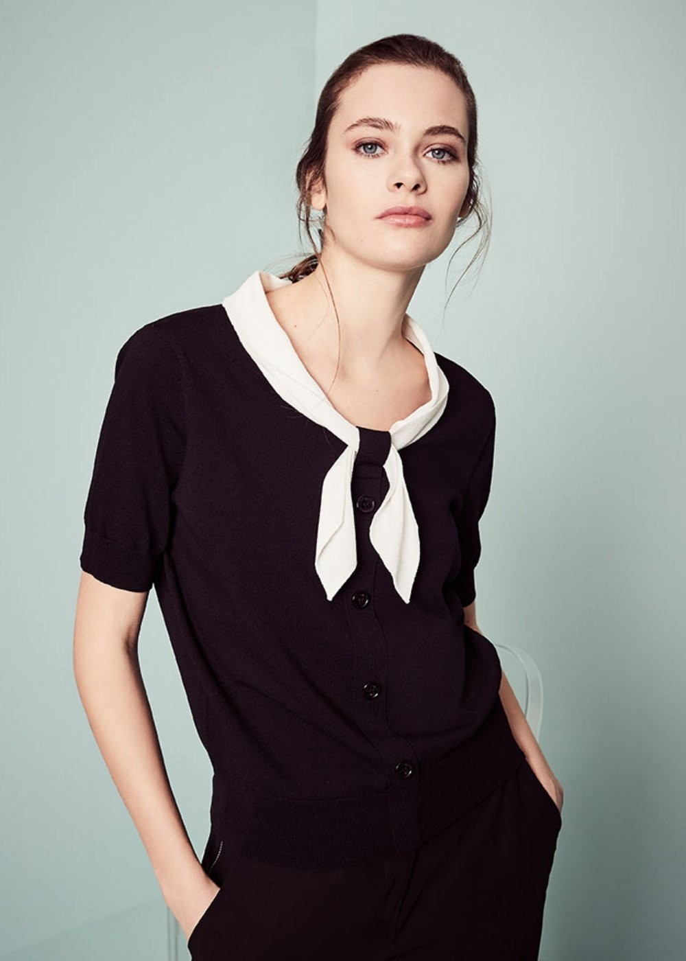 Marica T-shirt with contrasting scarf - Black\ White - Woman