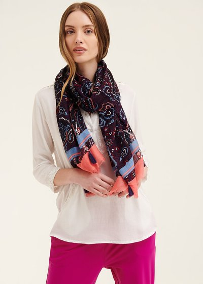 Sash scarf with colourful paisley pattern