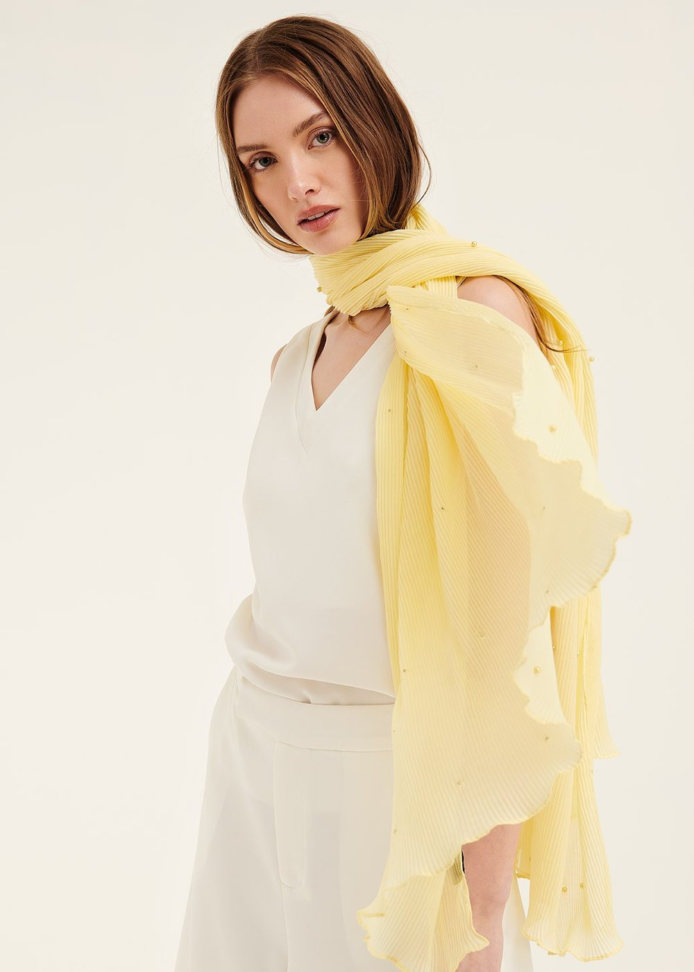 Steyl pleated scarf with pearls - Vanilla - Woman