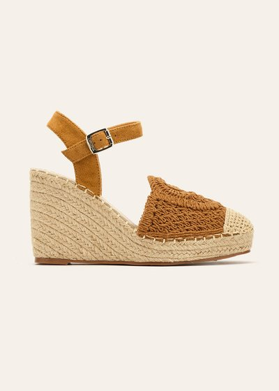 Saemi wedges with crochet detail