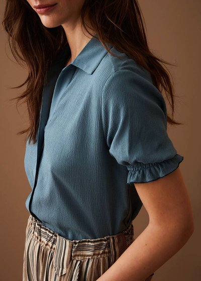 Clery shirt with smock stitch detail