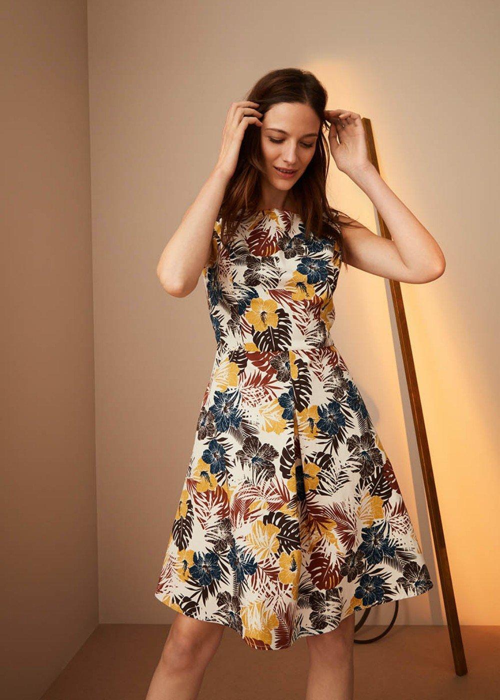 Kate dress with circle skirt - White / Miele Fantasia - Woman