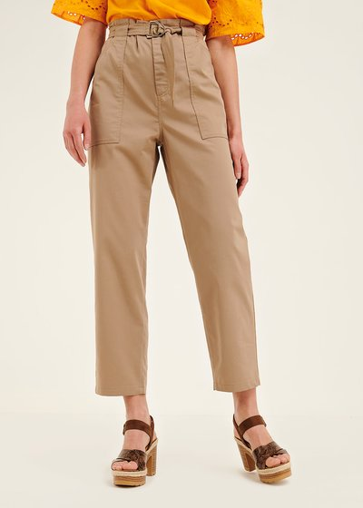 Lara trousers with large pockets and buckle