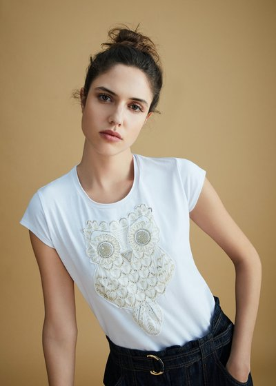 T-shirt Kate con patch gold