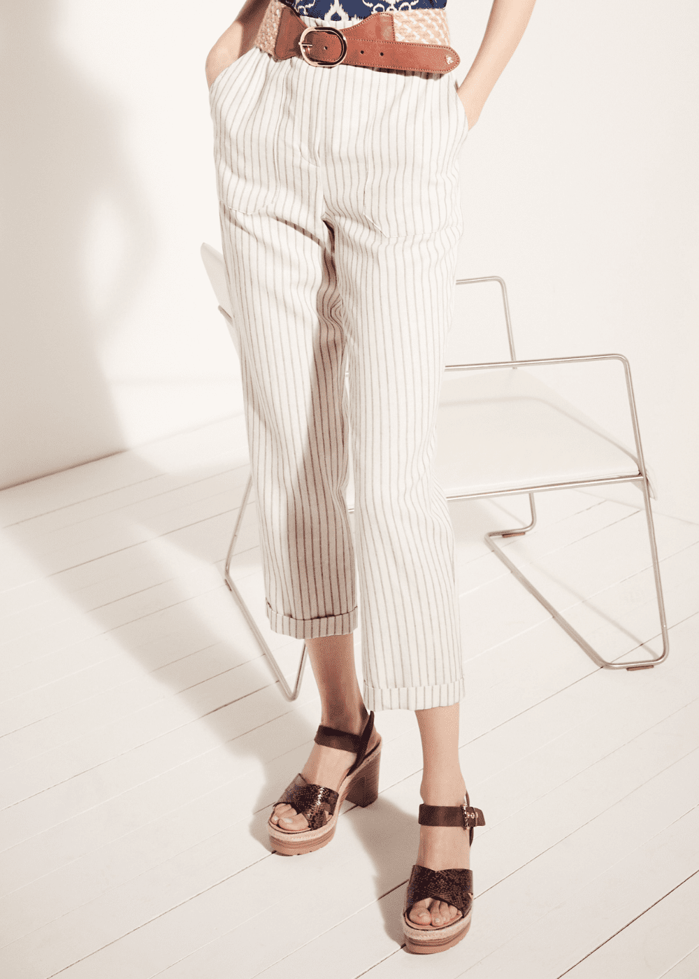 Lara trousers with large pockets and belt - L.beige / Cacao Stripes - Woman